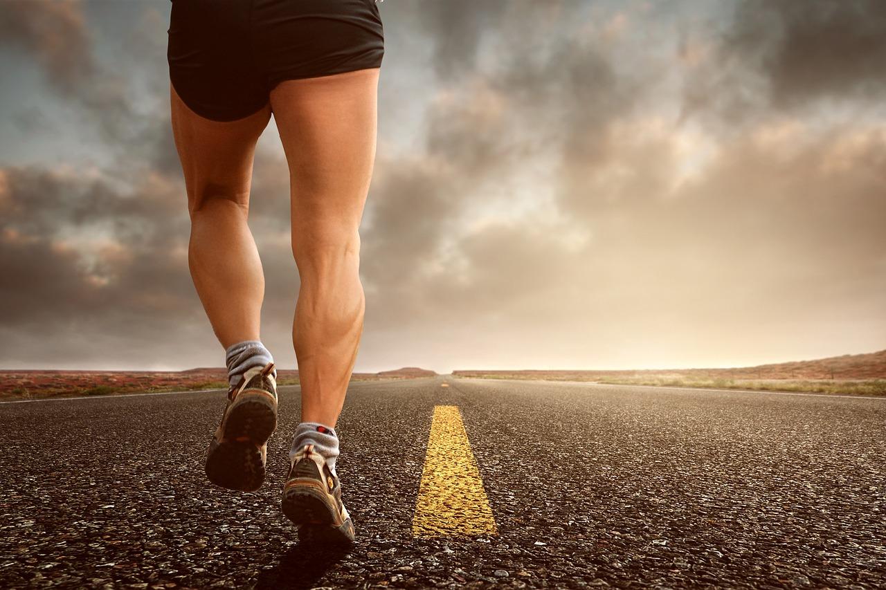 ジョギング 実行 スポーツ スポーティです レース 連続運転 回復 運動 ランニング トラック