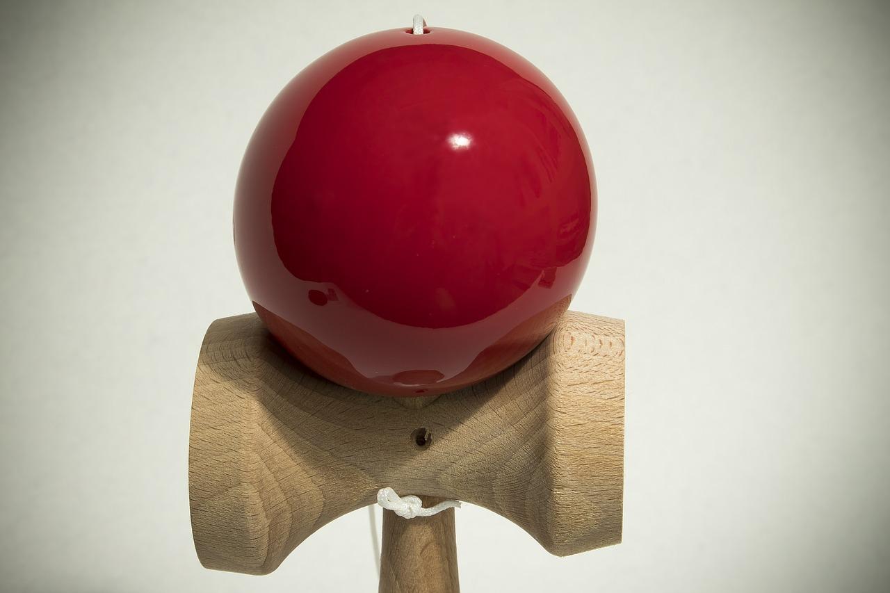 けん玉 再生 スキル おもちゃ 日本語 ボール 赤 剣 Hibuki 自衛隊の武器