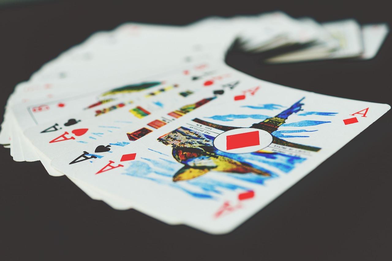 エース カード チャンス ギャンブル 運 マジックのトリック トランプ