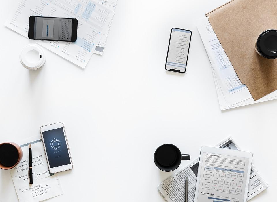 紙 ビジネス オフィス 空気 アメリカ 解析 携帯電話 クラウド クラウドネットワーク 通信